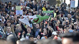 Des manifestants à Alger le 18 février 2020. (RYAD KRAMDI / AFP)