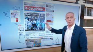Comme chaque jour dans le 13 Heures, Samuel Étienne propose un tour d'horizon des Une de la presse quotidienne régionale. (France 2)