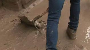 Intempéries dans le Puy-de-Dôme : un village subit d'importantes coulées de boue (France 2)