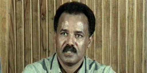 Issayas Afeworqi le 6-6-1998 à Asmara. (AFP - WTN Pictures)