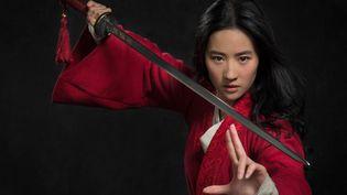 L'actrice sino-américaine Liu Yifei dans le rôle-titre de Mulan (Walt Disney)
