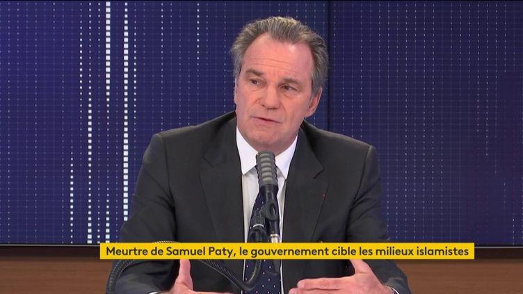 """Renaud Muselier, président de la région Sud Provence-Alpes-Côte d'Azur, était l'invité du """"8h30 franceinfo"""" le 20 octobre 2020. (FRANCEINFO / RADIOFRANCE)"""