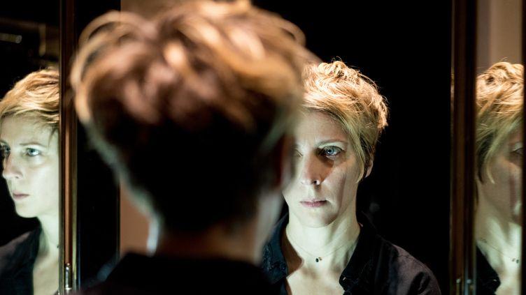 La chanteuse suédoise Annika Grill face à la complexité de l'âme humaine.  (Annabel Salesa)