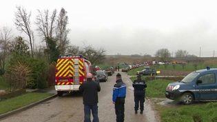 Près de 350 passagers étaient à bord du TGV accidenté à Ingenheim (Bas-Rhin) jeudi 5 mars. Des opérations d'évacuation sont en cours. (FRANCE 3)
