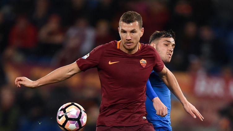 Edin Dzeko et la Roma ont encore brillé (FILIPPO MONTEFORTE / AFP)