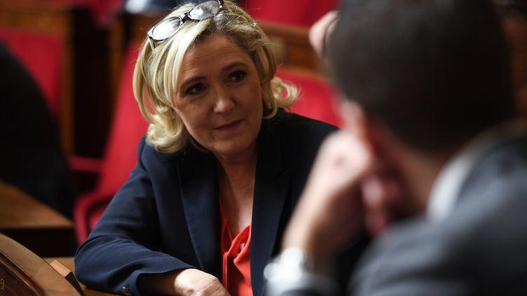 Marine Le Pen à l'Assemblée nationale, à Paris, le 27 novembre 2018. (CHRISTOPHE ARCHAMBAULT / AFP)