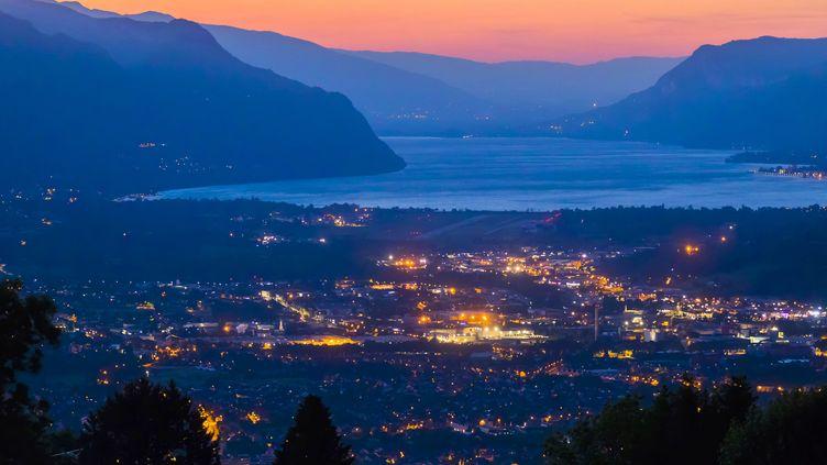 Le lac du Bourget, en Savoie. (VINCENT ISORE / MAXPPP)