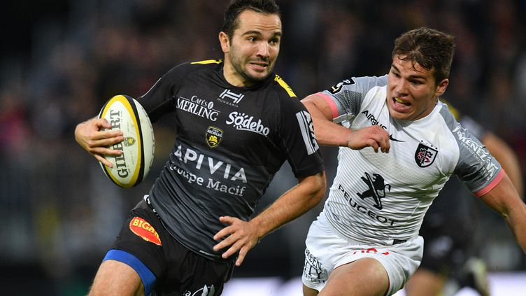 Alexis Bales décisif pour La Rochelle (XAVIER LEOTY / AFP)