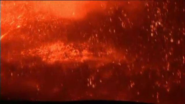 VIDEO. Italie : l'Etna entre en éruption, une des plus violentes depuis vingt ans
