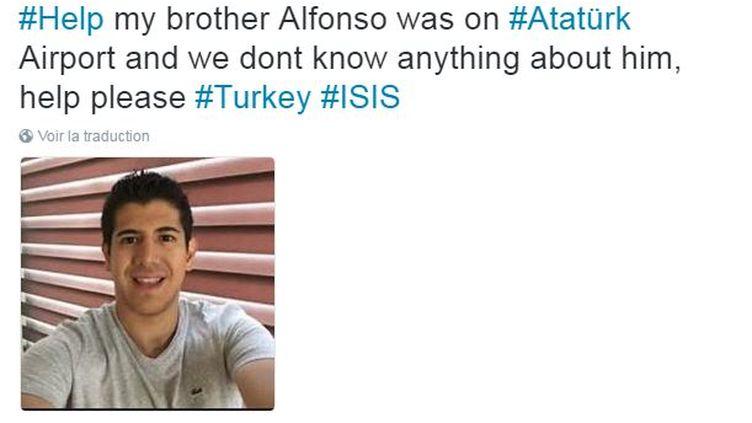 Capture d'écran d'un tweet qui présente cet homme comme une victime de l'attentat à l'aéroport d'Istanbul (Turquie), le 28 juin 2016. (TWITTER)