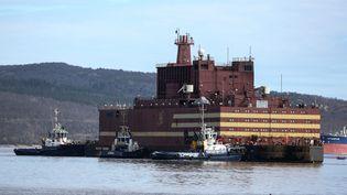 La centrale nucléaire flottante àMourmansk, en Russie, le 19 mai 2018. (PAVEL LVOV / SPUTNIK / AFP)