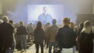 Espagne : premier concert test à Barcelone (FRANCE 2)