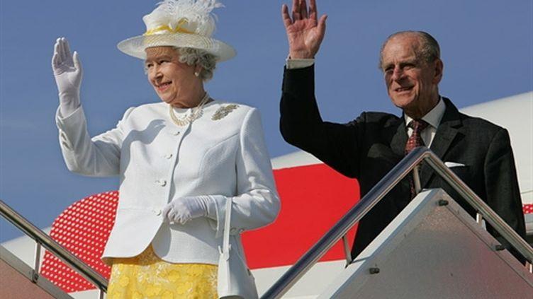 Elizabeth II et son mari, le Duc d'Edinbourgh, lors d'un voyage en Australie, le 12 mars 2006. (TORSTEN BLACKWOOD)