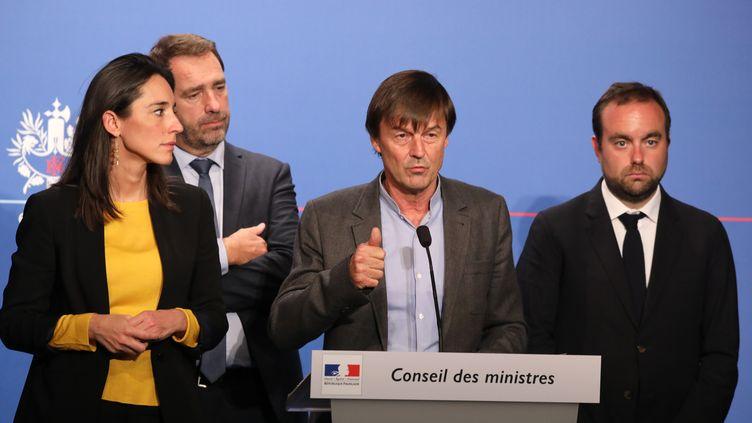 Au centre, le ministre de la Transition écologique Nicolas Hulot, entouré de brune Poirson, Christophe Castaner et Sébastien Lecornu. (LUDOVIC MARIN / AFP)