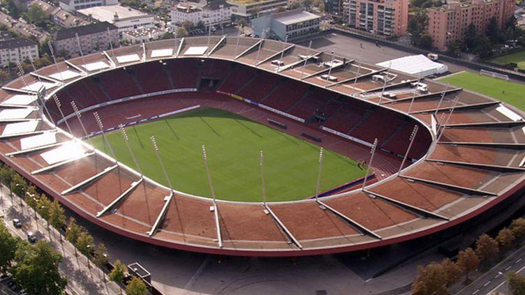 Le stade Letzigrund de Zürich vu du ciel (UEFA)