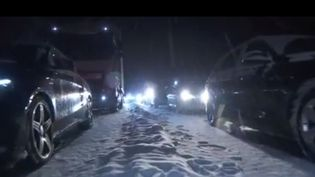 Intempéries : 2 000 automobilistes bloqués dans laneigesur l'A40  (France 3)