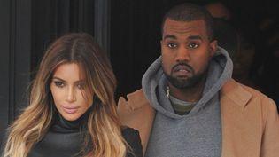 Kanye West et Kim Kardashian à Paris avenue Montaigne, le 19 janvier 2014.  (Antoine Cau / Sipa)