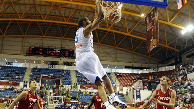 Batum, l'homme fort des Bleus (FRANCK FIFE / AFP)