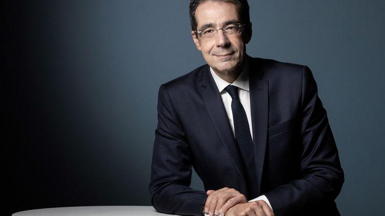 Le journaliste suisse Darius Rochebin, le 14 septembre 2020 à Paris. (JOEL SAGET / AFP)