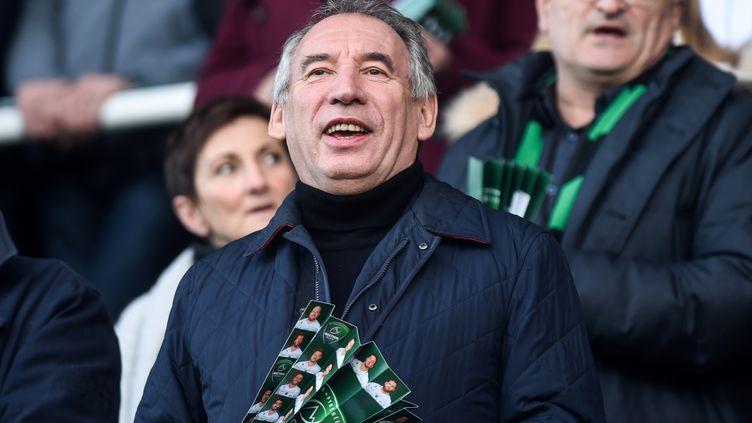 Supporter de la Section paloise, François Bayrou, ne délaissera pas le football, et le Pau FC fraîchement promu en Ligue 2, pour autant. (GAIZKA IROZ / AFP)