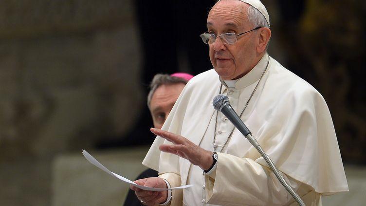 Le pape François, au Vatican, le 28 janvier 2015. (VINCENZO PINTO / AFP)