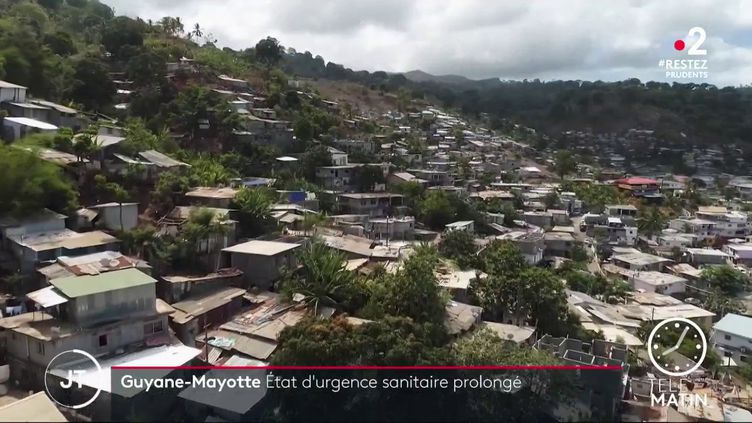 Une ville à Mayotte. (France 2)