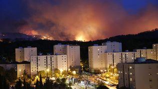 Un incendie s'est déclaré, dans l'après-midi du 19 août 2017, à Aubagne (Bouches-du-Rhône). (MAXPPP)