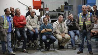 Les salariés de l'usine GM&S, dans la Creuse, le 27 juillet 2017. (PASCAL LACHENAUD / AFP)