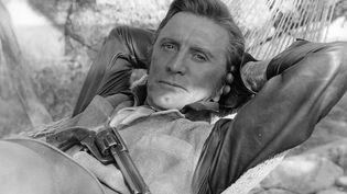 Kirk Douglas dans La Caravane de feu, en 1967. (ARCHIVES DU 7EME ART)