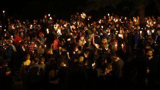 Des habitants de Roseburg ont organisé une veillée le soir de la fusillade. (RANDY L. RASMUSSEN/AP/SIPA / AP)