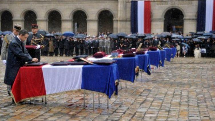 Le 19 juillet dernier, la mort de sept soldats français a relancé la question du retrait des troupes d'Afghanistan. (ERIC FEFERBERG / POOL / AFP)