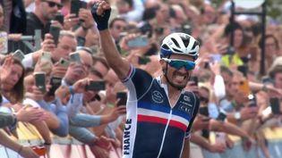 Cyclisme : Julian Alaphilippe conserve son titre de champion du monde (France 3)