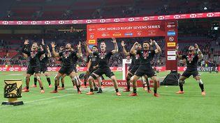 L'équipe nationale de rugby néo-zélandaise, faisant le Haka, après leur victoire contre l'Australie, le 8 mars 2020. (TREVOR HAGAN / GETTY IMAGES NORTH AMERICA)