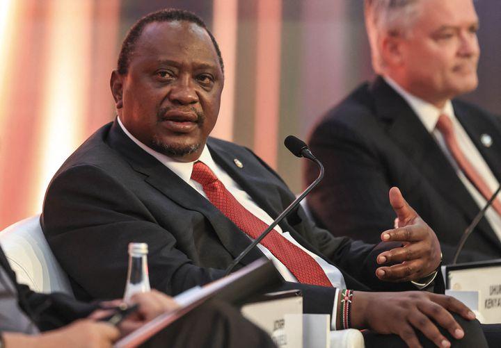 Le président kényan Uhuru Kenyatta lors d'une rencontre internationale à Antalya (Turquie), en juin 2021. (METIN AKTAS / ANADOLU AGENCY)