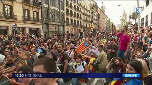 Catalogne : manifestation pacifique contre les violences policières
