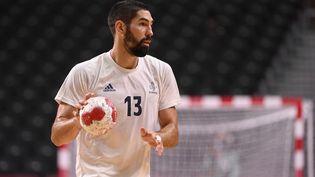 Nikola Karabatic, lors du match de l'équipe de France de handball contre le Brésil, le 26 juillet. (CROSNIER JULIEN / KMSP)