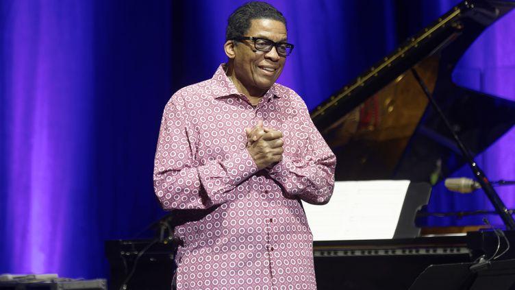 Animateur du Jazz Day, le pianiste Herbie Hancock le 14 novembre 2019 à Paris, Salle Pleyel, lors d'un concert électrique et électrisant en ouverture du Festival Pianomania (SADAKA EDMOND / SIPA)