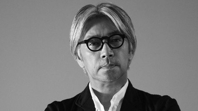 Ryuichi Sakamoto en 2010  (Kab America Inc. Photo by Kazunali Tajima)