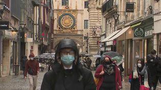 Rouen : un centre-ville agréable pour les piétons (France 2)