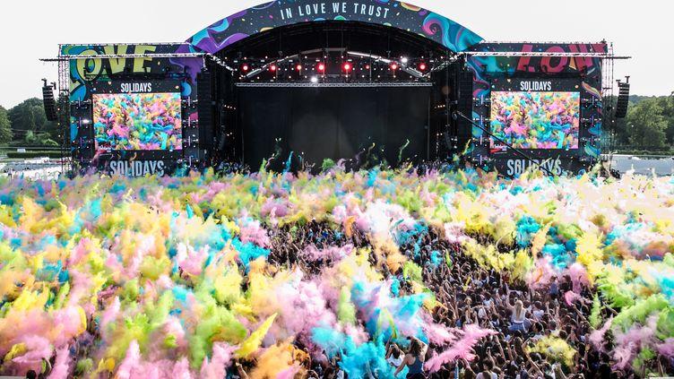 Un concert lors du festival de Solidays, à l'hippodrome de Longchamp à Paris, le 24 juin 2018. (AFP)