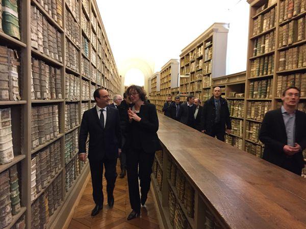 (François Hollande visite samedi les archives nationales  © Radio France /Olivier Bost)