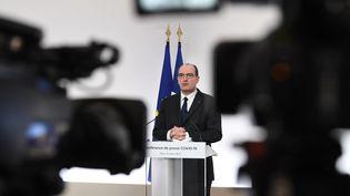 Jean Castex donne une conférence de presse sur la situation épidémique en France, à Paris, le 4 mars 2021. (ALAIN JOCARD / AFP)