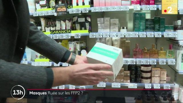 Covid-19 : face à la crainte des variants, les Français achètent massivement des masques FFP2
