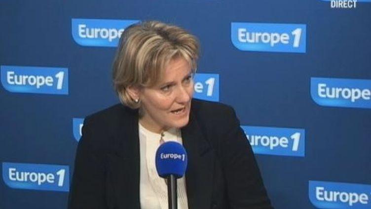 Nadine Morano, la ministre de l'Apprentissage, le 7 mai 2012 au micro d'Europe 1. (FTVI / EUROPE 1)