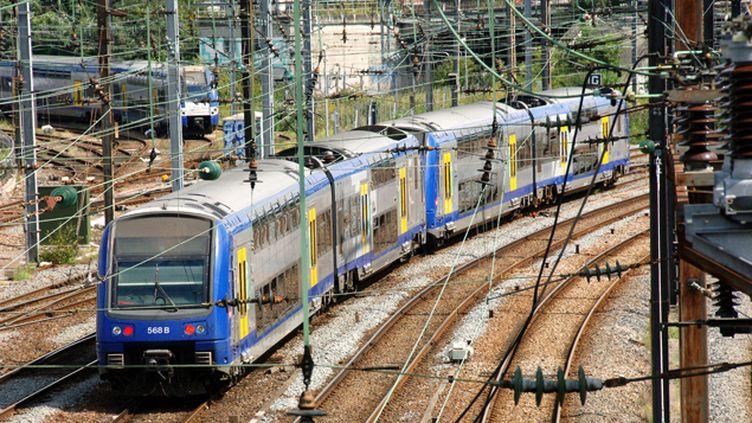 """(Selon la SNCF, """"globalement, 97% des trains rouleront"""" mardi © Maxppp)"""