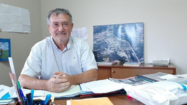 Olivier Péverelli, maire du Teil (Ardèche). (SEBASTIEN BAER / RADIO FRANCE)