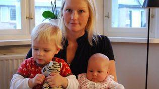 Stinne Bergholdt avec ses deux enfants (DR)