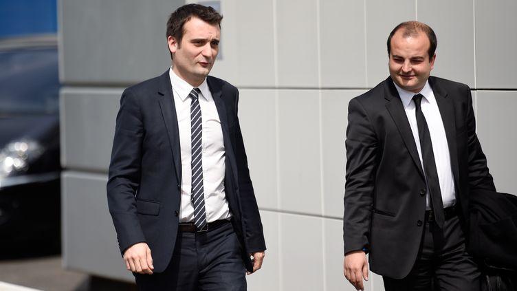 Florian Philippot (à gauche) et David Rachline (à droite), le 17 avril 2015 à Nanterre (Hauts-de-Seine). (MARTIN BUREAU / AFP)