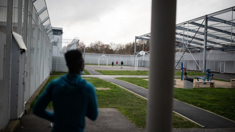 Un centre de rétention administrative à Saint-Jacques-de-la-Lande en Ille-et-Vilaine, le 14 décembre 2020. (JEREMIE LUSSEAU / HANS LUCAS / AFP)