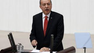 Le président turcRecep Tayyip Erdogan lors d'une intervention face au Parlement, le 1er octobre 2014 à Ankara (Turquie). (UMIT BEKTAS / REUTERS)
